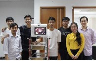 Vietnamese youngsters create robots to mitigate COVID-19 infection risks for doctors