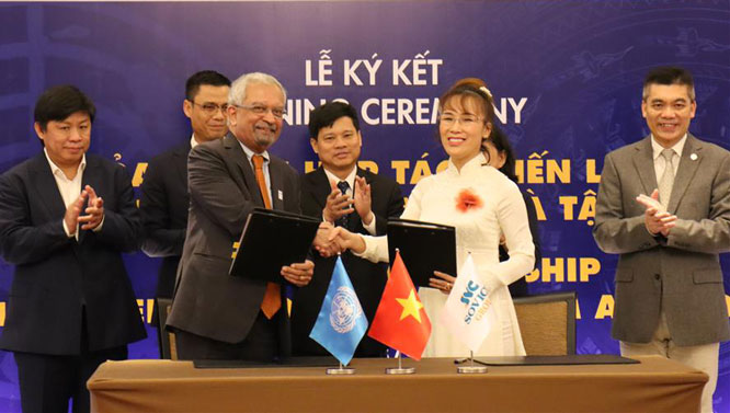 "Cooperation boosted to make Hanoi UNESCO's ""creative capital"""
