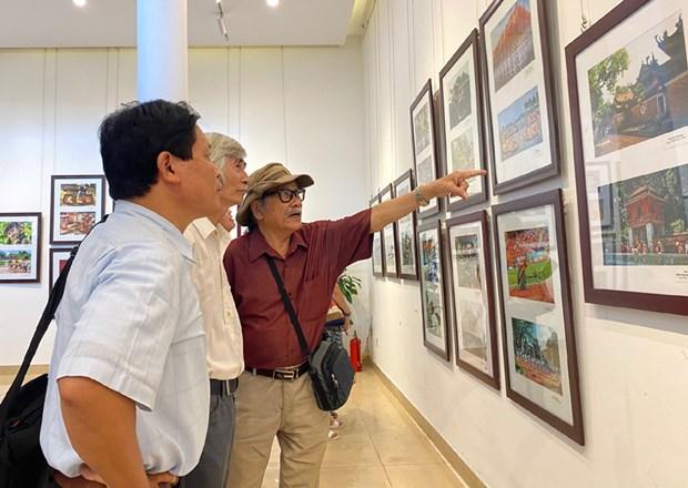 Photo exhibition on Hanoi opens