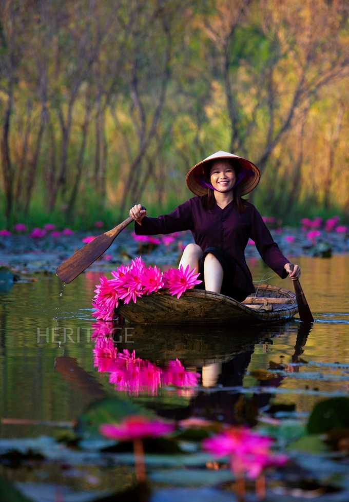 Photos on beauty of Vietnam's people and nature honoured