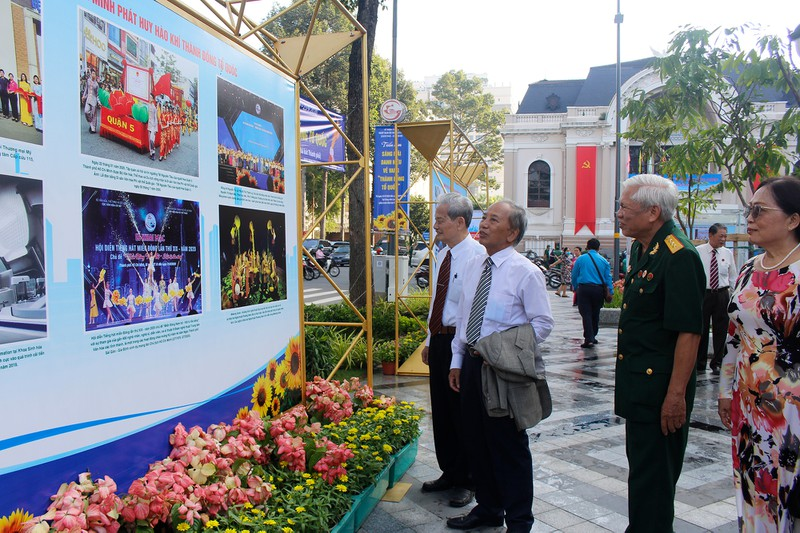 Photos on historical struggle period introduced in Ho Chi Minh City