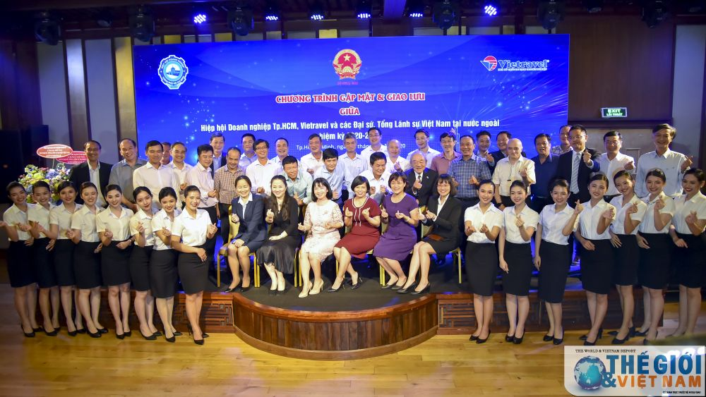 Overseas Vietnamese representative missions work with Ho Chi Minh City Business Association