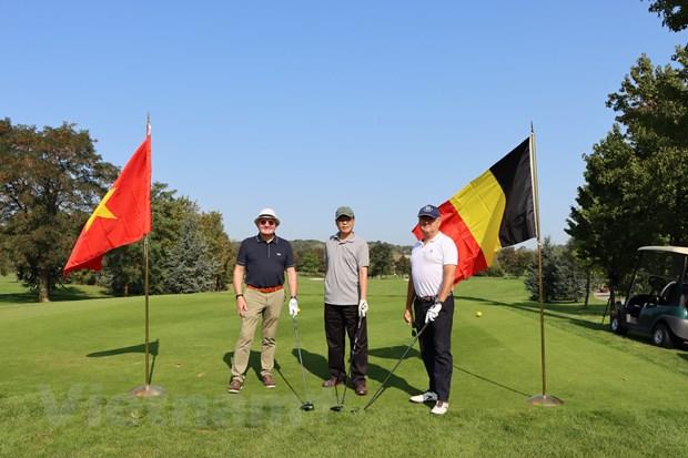 Friendly golf tournament in Belgium raises funds for Vietnamese Agent Orange victims