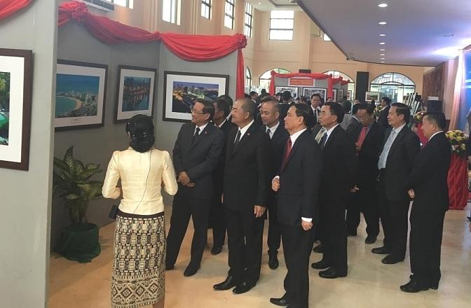 Photo exhibition on Laos - Vietnam relations