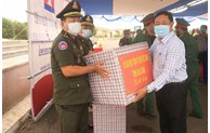 An Giang increases cooperation and support for Cambodian localities' fight against COVID-19