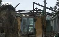Typhoon Molave pounds central Vietnam, causes huge damage