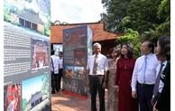 Photos on Hanoi – Hue – Saigon on display in Hanoi