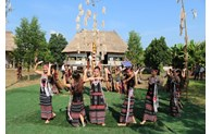 Week highlights great unity of nations at Vietnam National Village for Ethnic Culture and Tourism