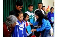 Nearly 6.2 billion VND for flood-affected people in central Vietnam