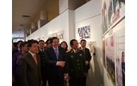 Photos on Vietnam-Laos friendship on display in Hanoi