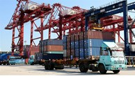 Trade surplus hits record high of 19.1 billion USD