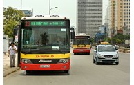 Hanoi: Tens of new bus routes launched in 2021