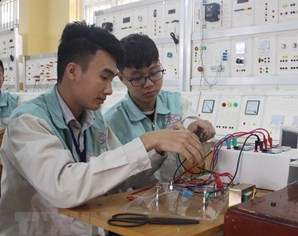 Hanoi increases trained laborer rate to 75-80%