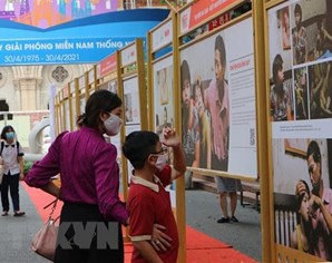 Exhibition on AO/dioxin pain, lawsuit underway in HCM City