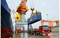 Vietnam to soon resume balance of trade: experts