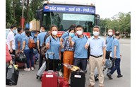 Bac Ninh province sends additional 50 medical workers to HCM City