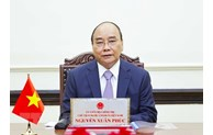 President Nguyen Xuan Phuc holds phone talk with Russian counterpart