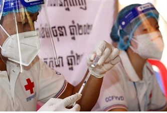 Cambodia receives 2.5 mln doses of vaccine from China