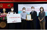 Ho Chi Minh City receives donation for COVID-19 fight
