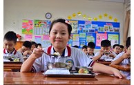 Deputy Prime Minister Vu Duc Dam approves school healthcare programme for 2021-2025 period