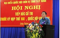 Party official meets voters in Tay Ninh