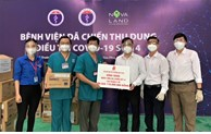 Saigon Co.op presents medical supplies to frontliners in COVID-19 fight
