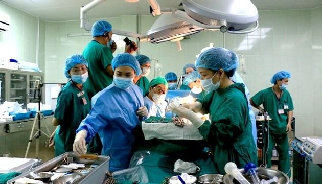 L'hôpital Cho Rây réussit sa 500e transplantation rénale