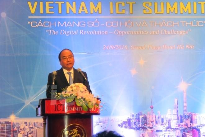 Le chef du gouvernement exhorte à saisir les opportunités de la révolution numérique