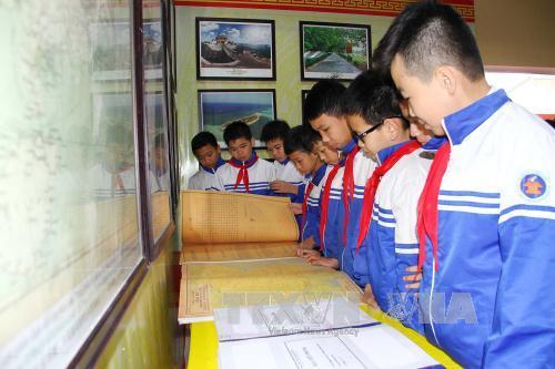 Thai Nguyên : exposition de cartes et de documents sur les archipels de Hoang Sa et Truong Sa
