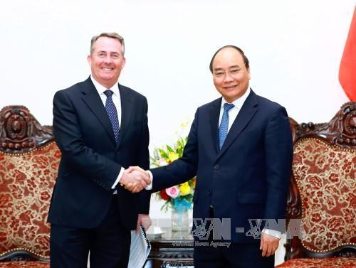 Le PM promet de favoriser les investissements britanniques au Vietnam