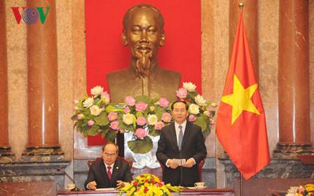 Renforcer la coopération entre le bureau présidentiel et le présidium du FPV