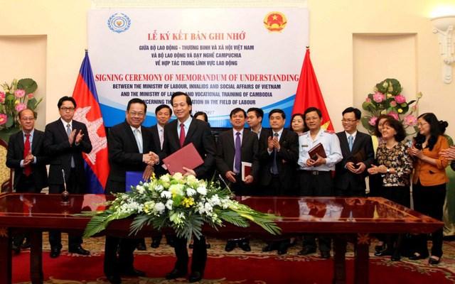 Vietnam et Cambodge intensifient la coopération dans le travail