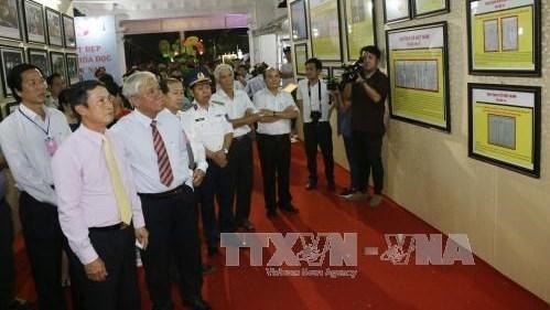 Exposition «Hoàng Sa, Truong Sa du Vietnam - Preuves historiques et juridiques» à Dông Thap