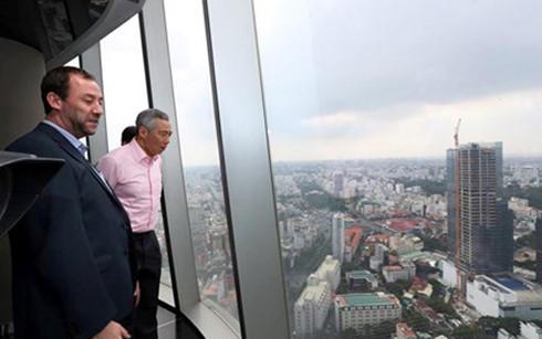 Le Premier ministre singapourien Lee Hsien Loong salue Ho Chi Minh-Ville sur sa page Facebook