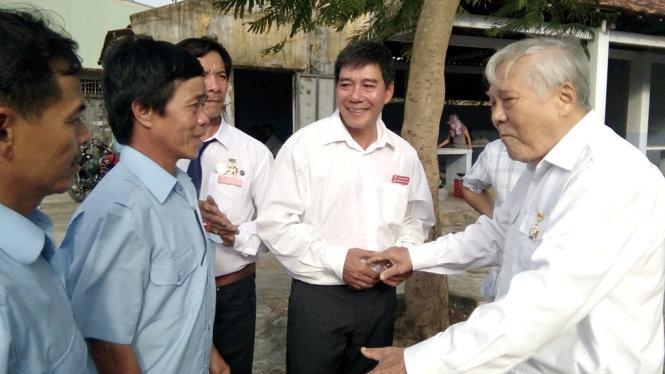 Rencontre entre 300 anciens combattants de la bataille du récif de Gac Ma