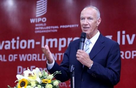 Le directeur général de la WIPO dialogue avec des étudiants vietnamiens