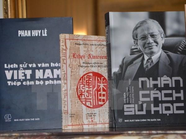 Un professeur vietnamien honoré par l