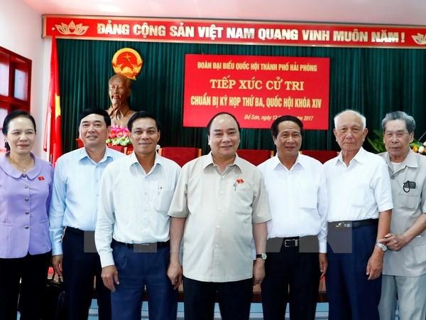 Le Premier ministre Nguyen Xuan Phuc rencontre l