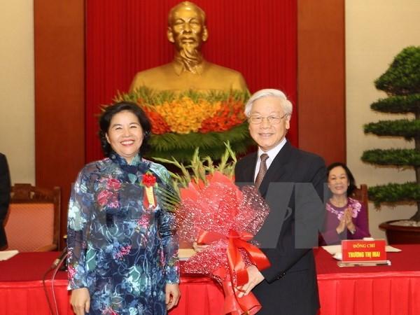 Le leader du PCV rencontre une délégation du programme «Gloire du Vietnam»