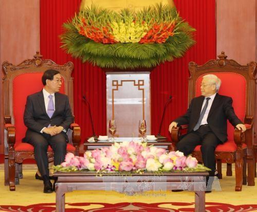 Des dirigeants vietnamiens reçoivent l'envoyé spécial du président sud-coréen