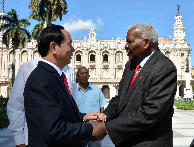 Vietnam et Cuba renforcent leur solidarité et leur coopération intégrale