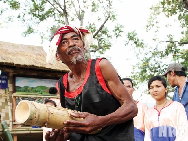 «Rêve du chapi» au Village culturel et touristique des ethnies du Vietnam