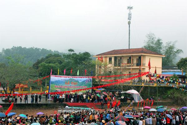 Premier festival de la culture ethnique et des sports de la région de Quang Ninh