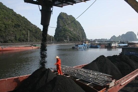 Approbation d'un port de transbordement de charbon
