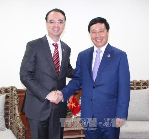 AMM-50: rencontre entre le chef de la diplomatie vietnamienne et ses homologues
