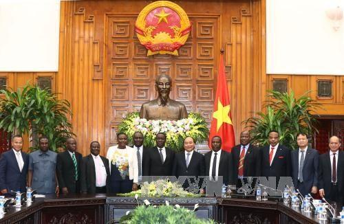 Vietnam et Tanzanie souhaitent porter le commerce bilatéral à un milliard de dollars