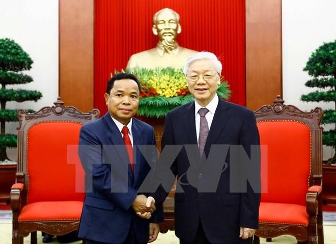 Le leader du PCV reçoit une délégation du Parti populaire révolutionnaire du Laos