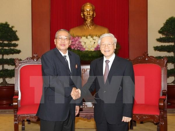 Le leader du PCV reçoit des contrôleurs du Parti du peuple cambodgien