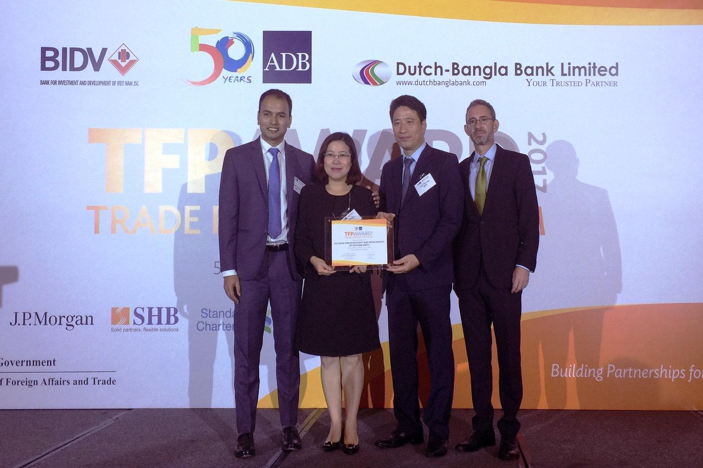 La BIDV nommée pour la 2e année consécutive « Première banque partenaire au Vietnam » par la BAD