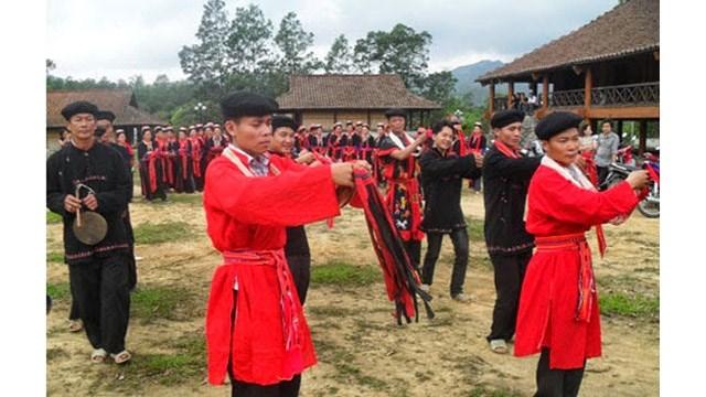 Présentation de l'espace culturel et touristique des ethnies de Hà Giang à Hanoi